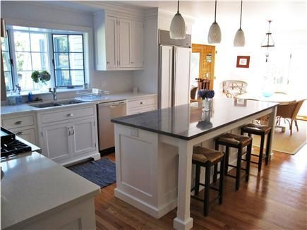 Kitchen Islands With Seating For 6 With Carpet Flooring Kitchen