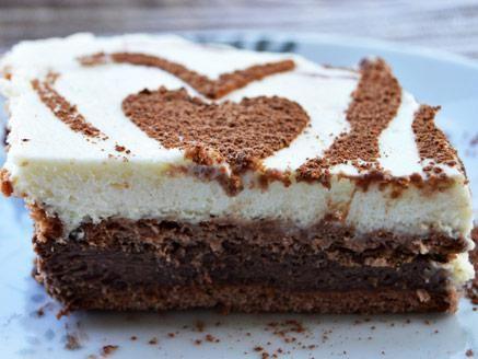 מתכון עוגת ביסקוויטים נוטלה וניל, עוגת ביסקוויטים שכבות בטעמי קרם שוקולד נוטלה וקרם וניל מפנקים במיוחד - עוגה טעימה וקלה להכנה ללא אפייה