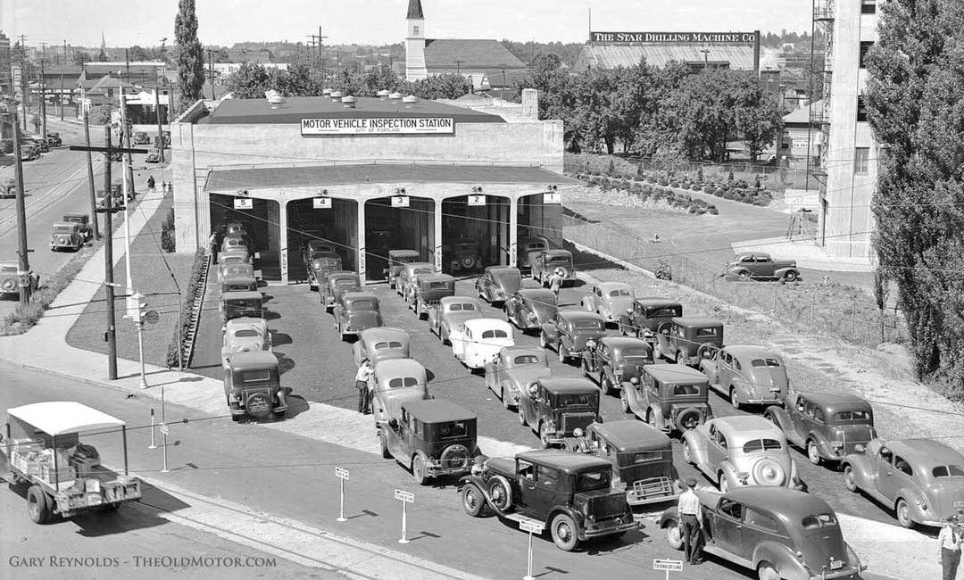 1939 Portland Oregon Automobile Inspection Station Filled With Old Cars 20s 30s Cars