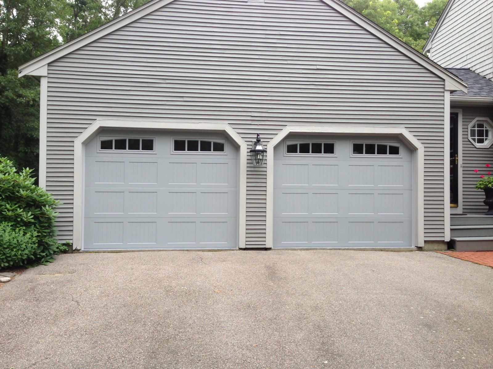 Chi overhead doors fiberglass garage door model 2751 in chi overhead doors fiberglass garage door model 2751 in woodtone oak with optional obscure glass chiohd fiberglass garage doors pinterest rubansaba