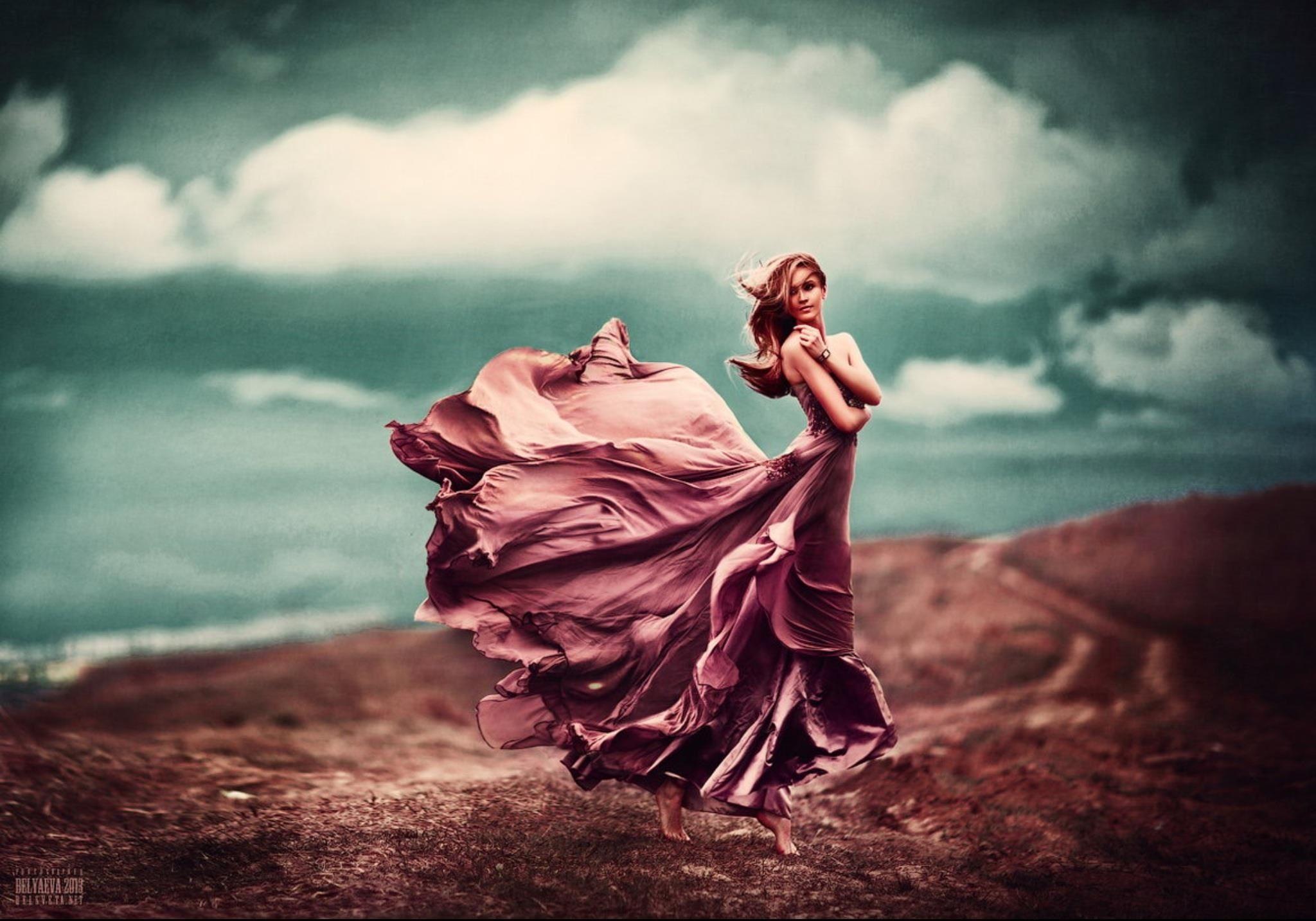Девушки в платьях на ветру фото — pic 12