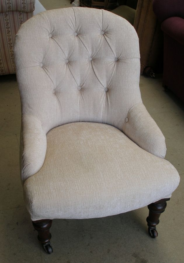 antique deep buttoned nursing chair - Nursing Chair