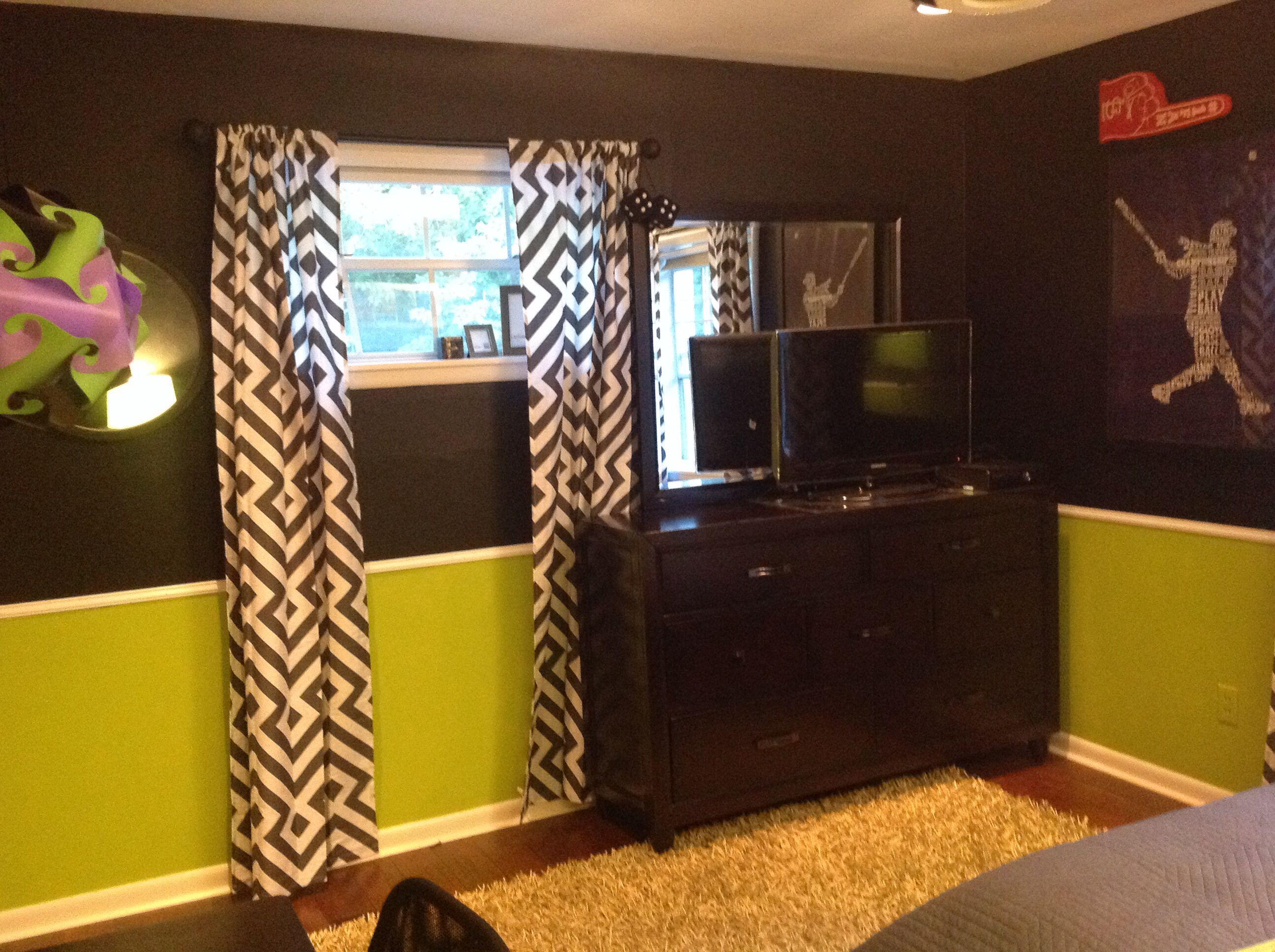 Lime, gray and chalkboard teen boy bedroom.