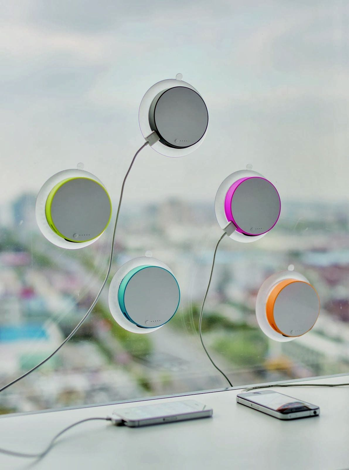 Coole Werbegeschenke Mobile Solar Charger Port By Xddesign Things I Heart
