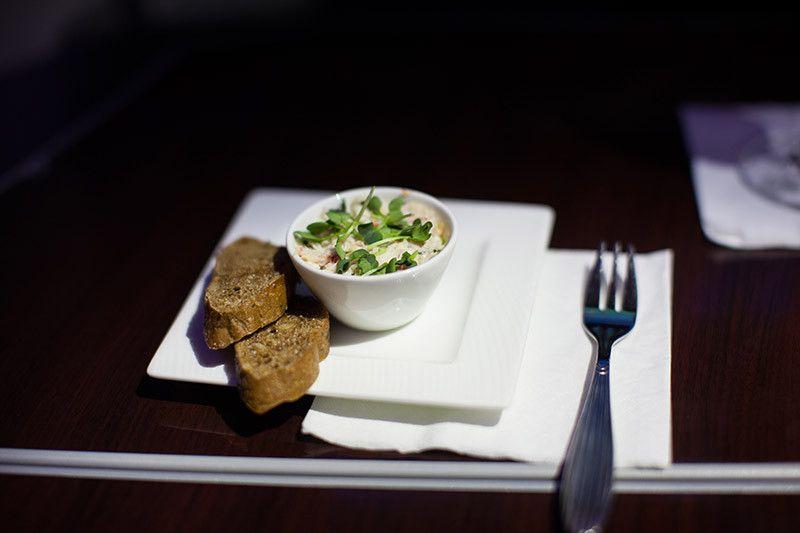 FINE DINING ÜBER DEN WOLKEN #flight #businessclass #qatarair #menu