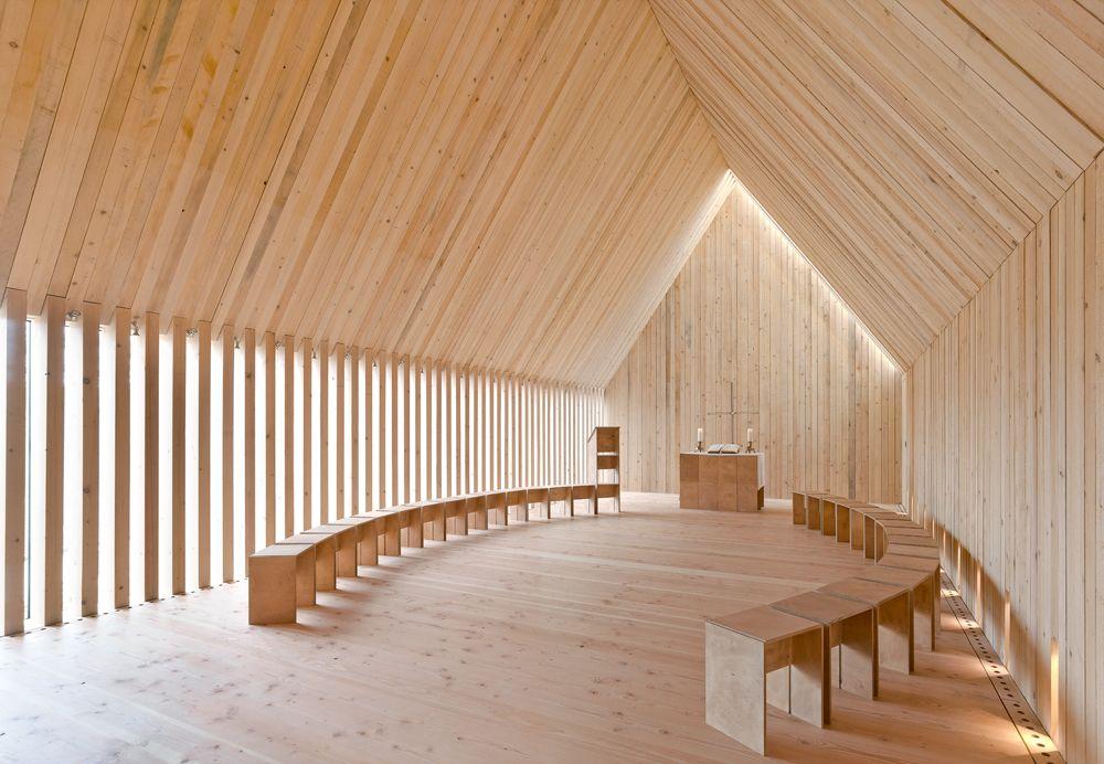 Sakrale architektur im selbstbau waldkapelle in for Innenarchitektur heidelberg