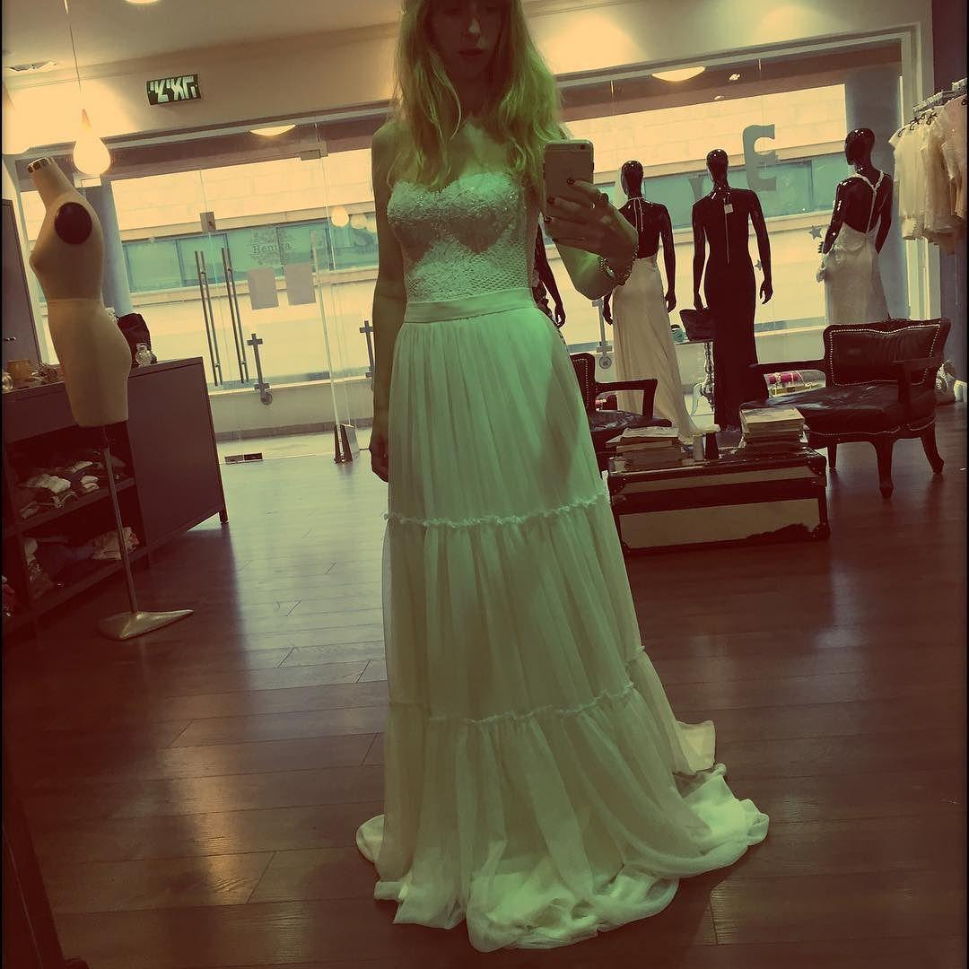 Romantic  #bridaldreams #bride #weddingdress #weddingblogger #weddinginspiration #weddinggown #dreaming #lace #romantic #romanticdress #bohochic #bohobride by henika_bridal