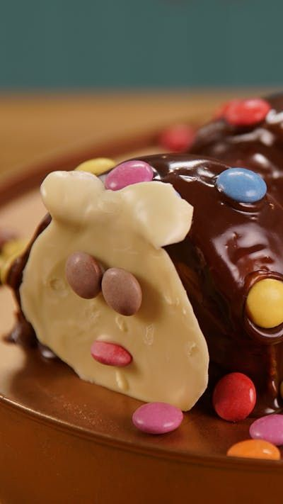 e43ea4ff519 Now you can make the classic caterpillar cake at home!