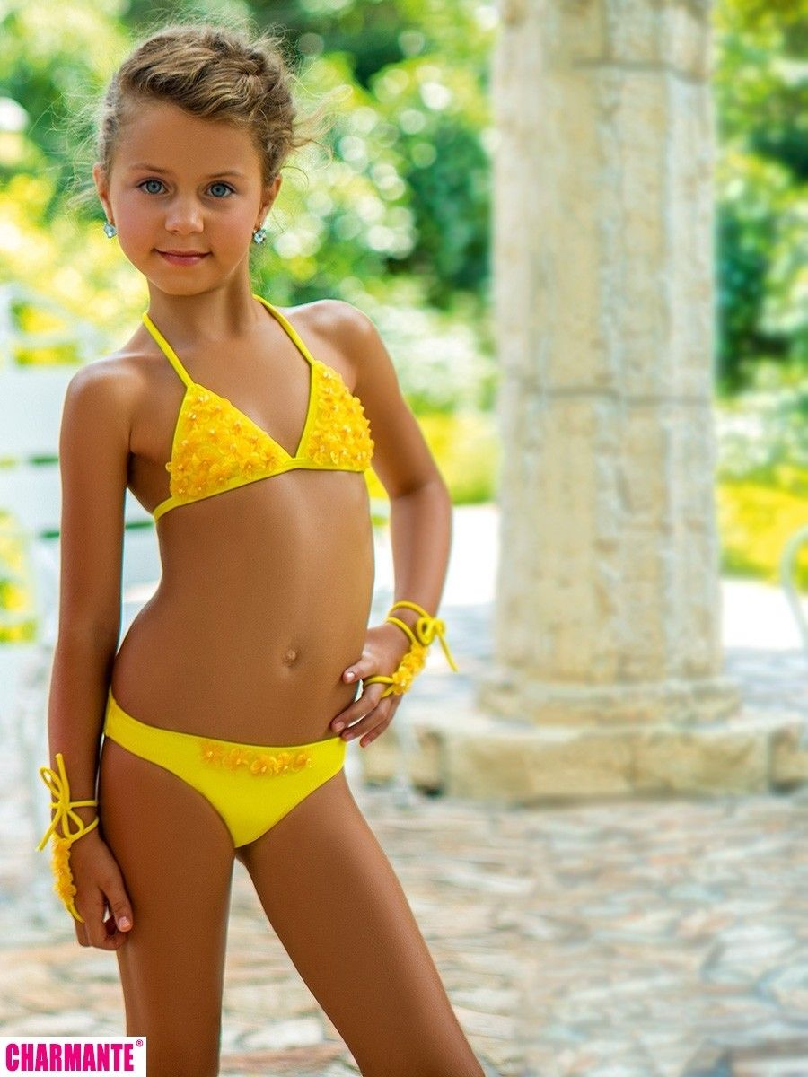 Girls Sun Shirt Bikini Set 12104 together with 2457723 further 707135578961934146 as well Maria Rossi Calone Tan Läder 835260246 P 4241 in addition Article3773422. on gb e liv