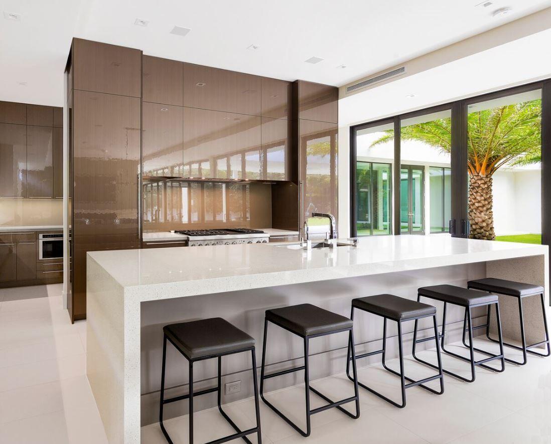 Ultra Modern Kitchen With Sleek Style Dura Supreme Cabinetry Contemporary Style Kitchen Sleek Kitchen Modern Kitchen Bar
