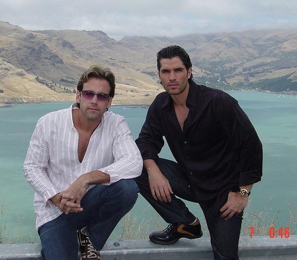 Eduardo Verástegui y Carlos Ponce.