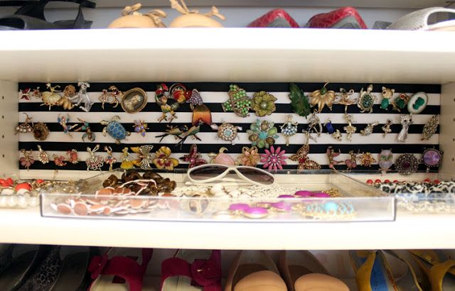 Store vintage pin collection on memo board