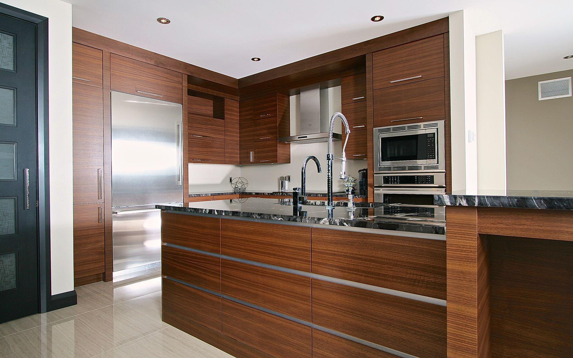 Cuisine contemporaine haut de gamme armoires en placage - Cuisine en noyer ...