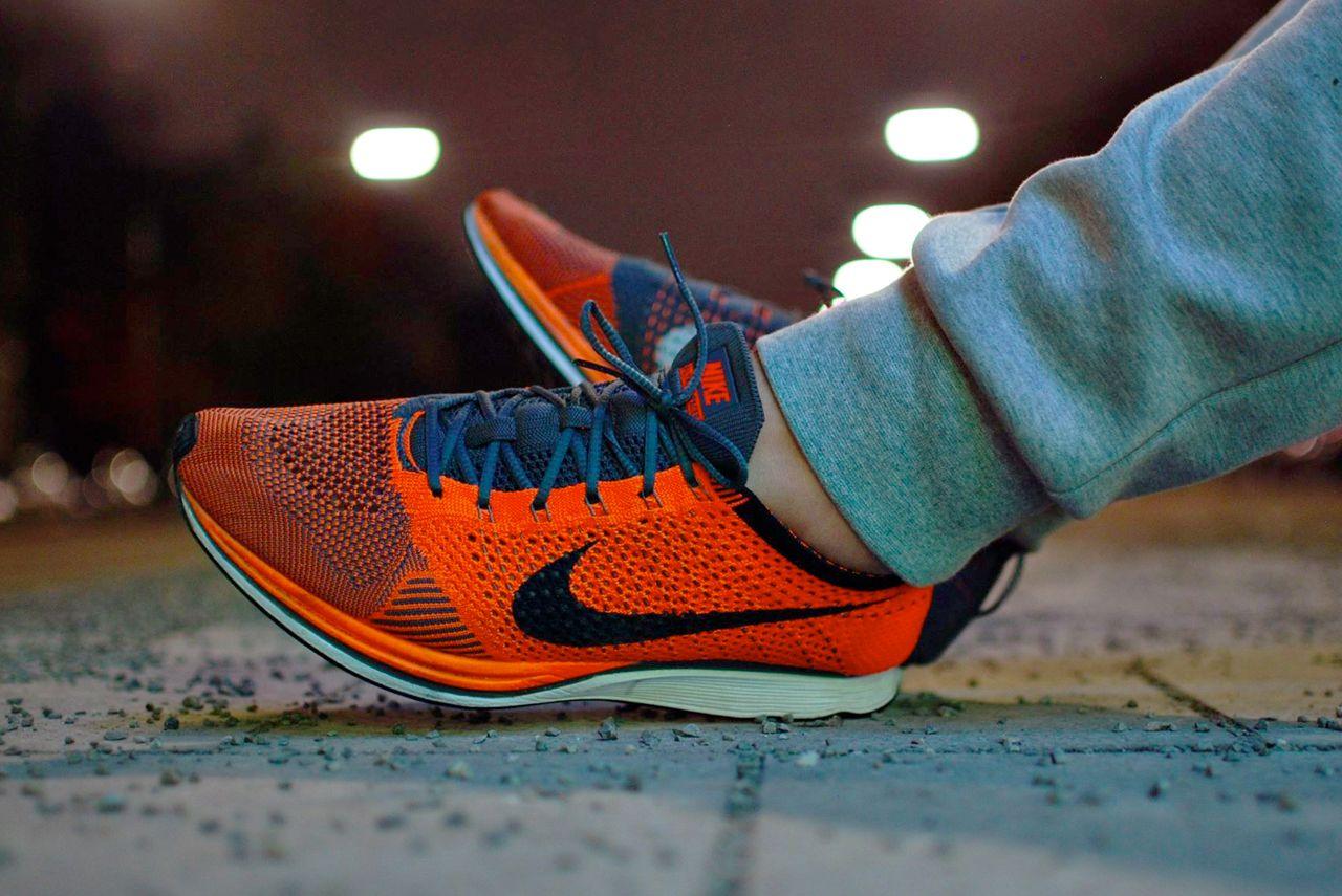 Nike Flyknit Racer - Total Orange/Dark Grey · ZapateríasZapatos ...