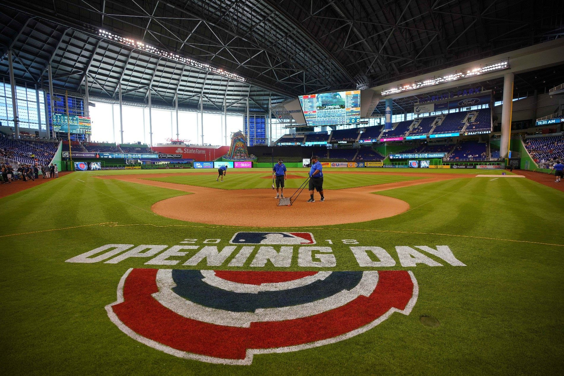 Mlb S Opening Day What The Nfl Could Learn From Major League Baseball Baseball Baseball Season Usa Sports