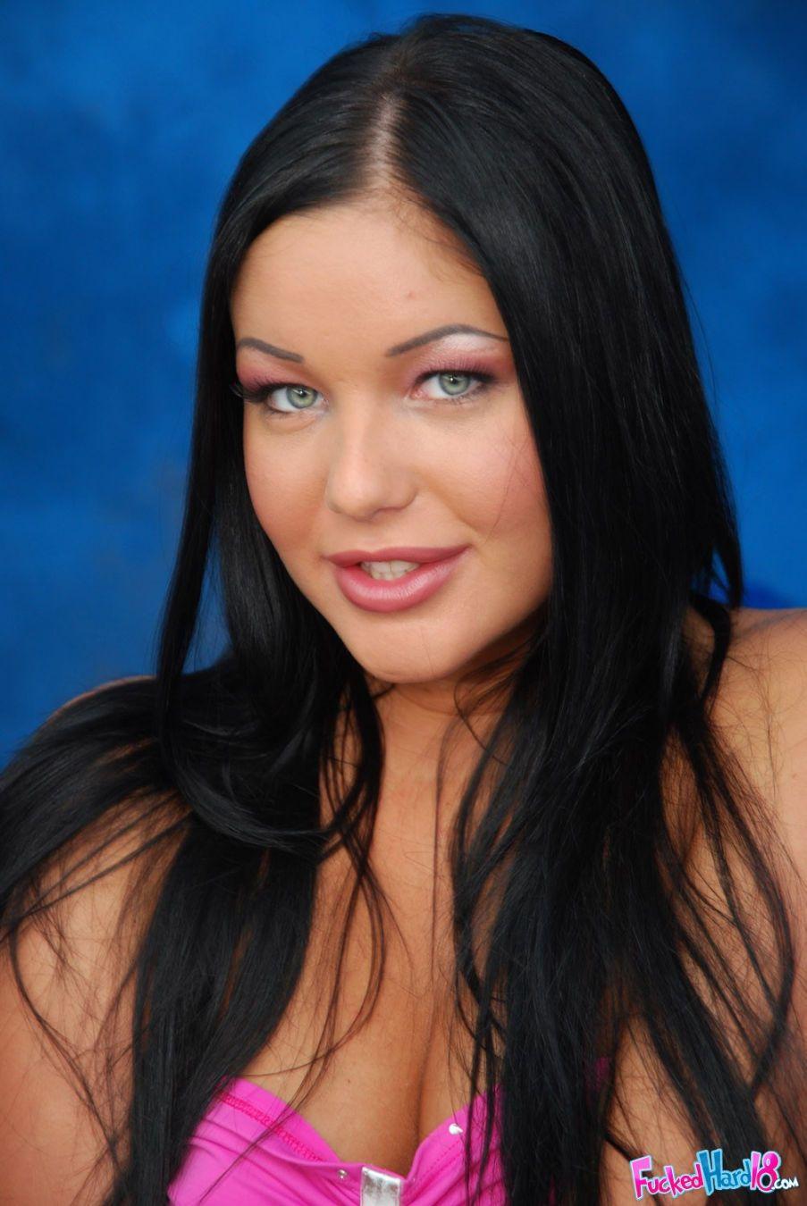 Angelica Heart nude 381