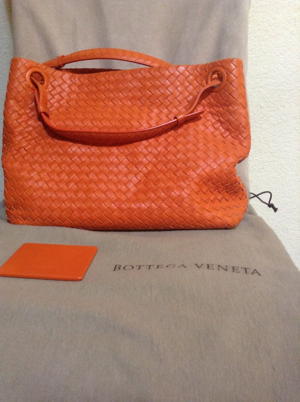 Bottega Veneta Orange Leather Seamless Cuir Sacs À Main Fourre