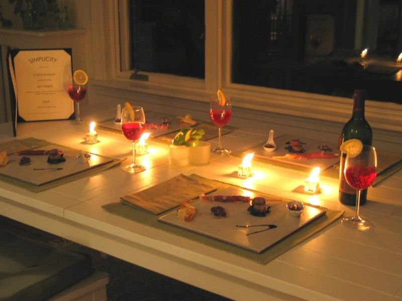 Candlelight Dinner at Home-14 Romantic DIY Home Decor Project for Valentine's Day