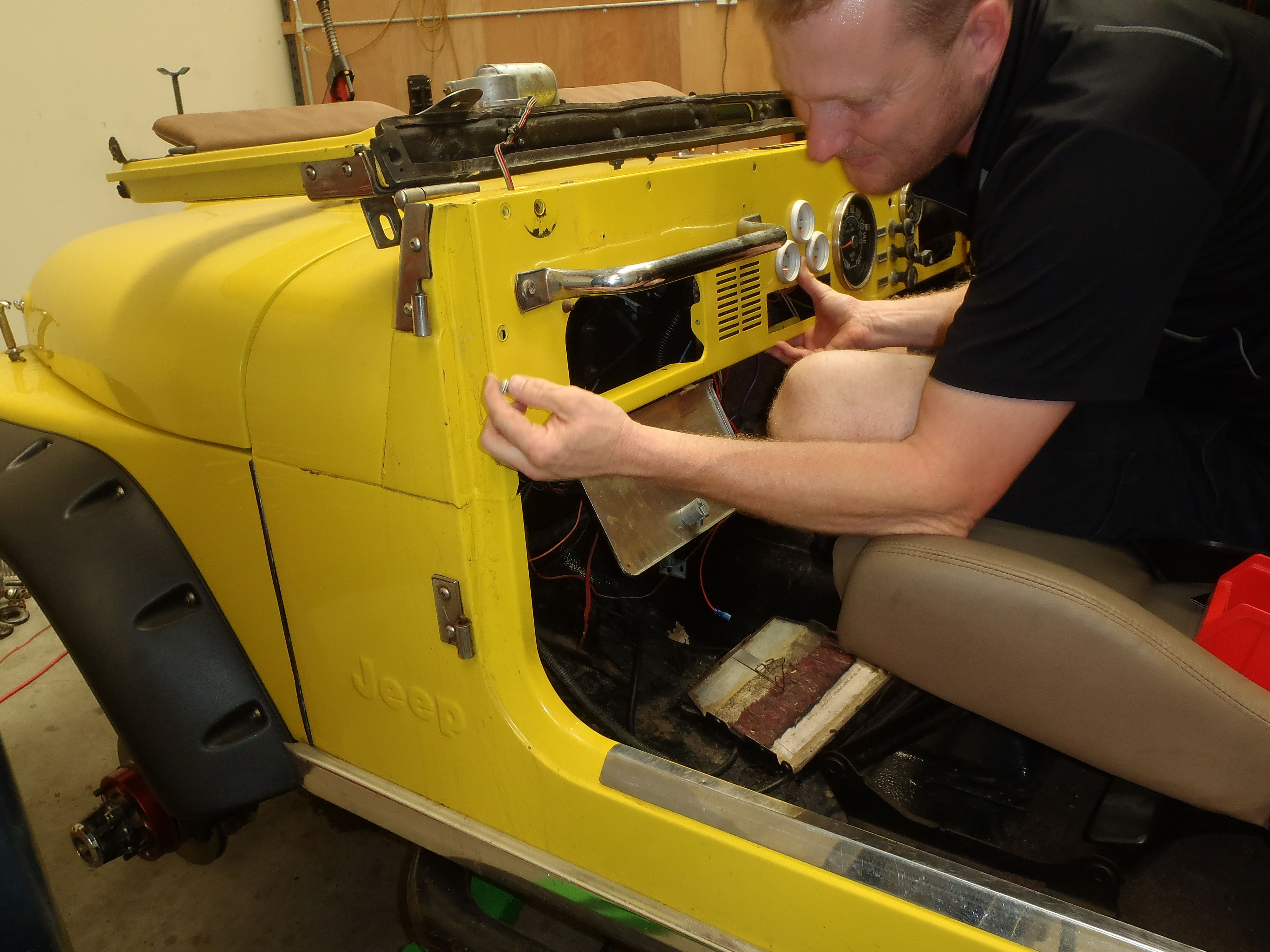 Todd Avers Of Seven Slot Off Road Providing Maintenance And Wiring 1976 Jeep Cj7 I258 Engine Repairs On The