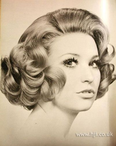 haircuts for plus size retro hairstyles 1970 photos 1971 curls bob hairstyle 1971