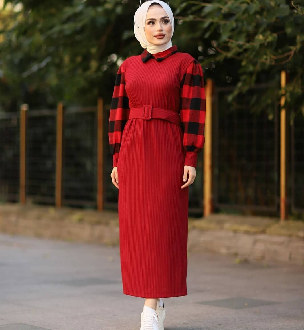 607 Ekoseli Tesettur Elbise 36 38 40 42 44 46 Beden Kumas Ozelligi Birinc Tesettur Triko Modelleri 2020 Fashion Trendy Hijab