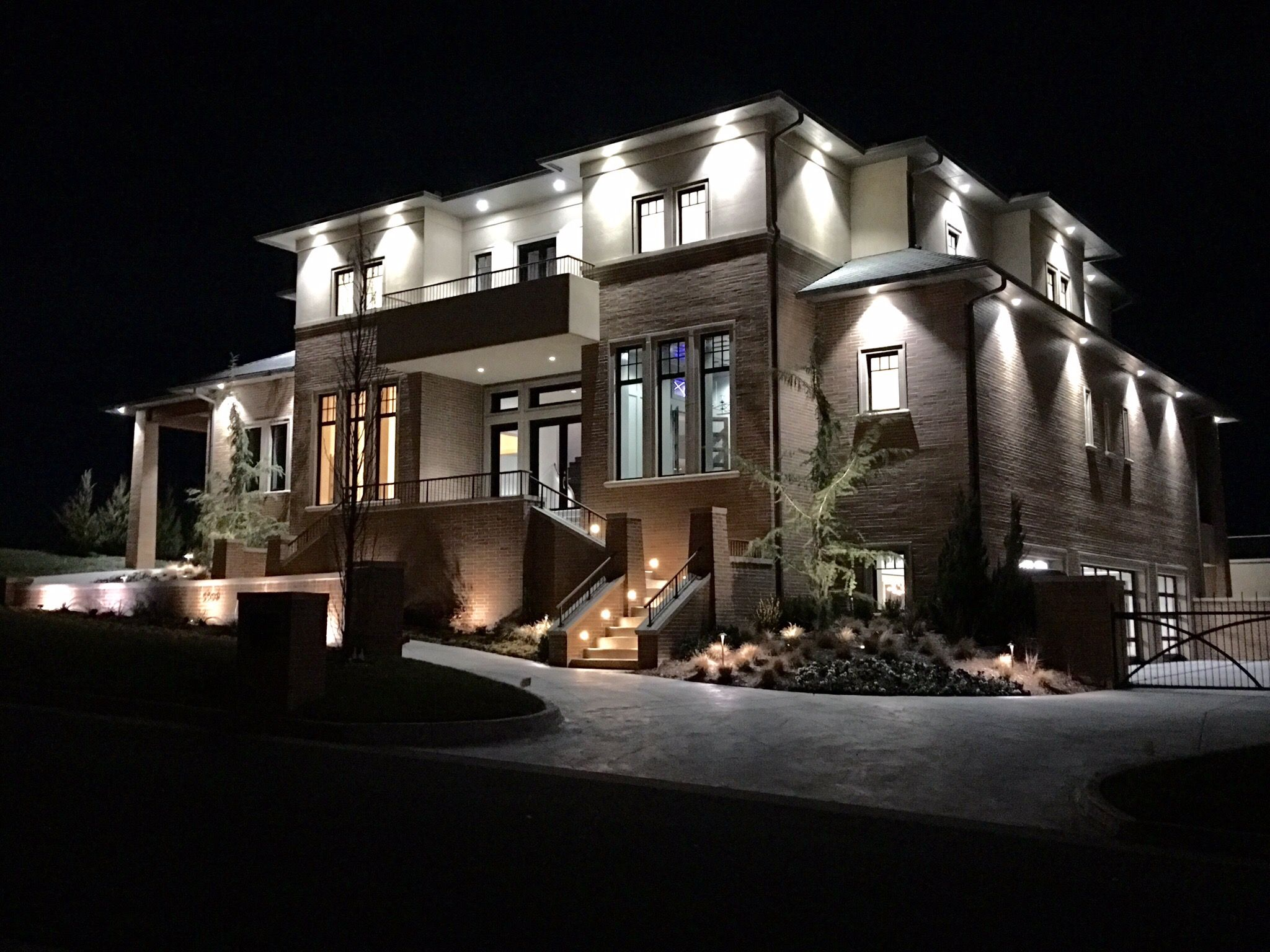 It Was An Absolute Pleasure To Work With Dave Goodman Homes On This Luxurious Home In Gaillardia Architecture Interior Design Work Luxury Homes