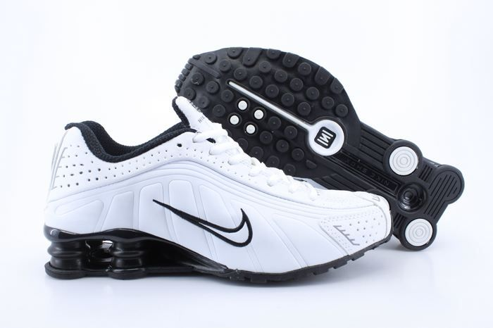 Womens Nike Shox R4 White and Black http://www.discountshoesoutlet.us