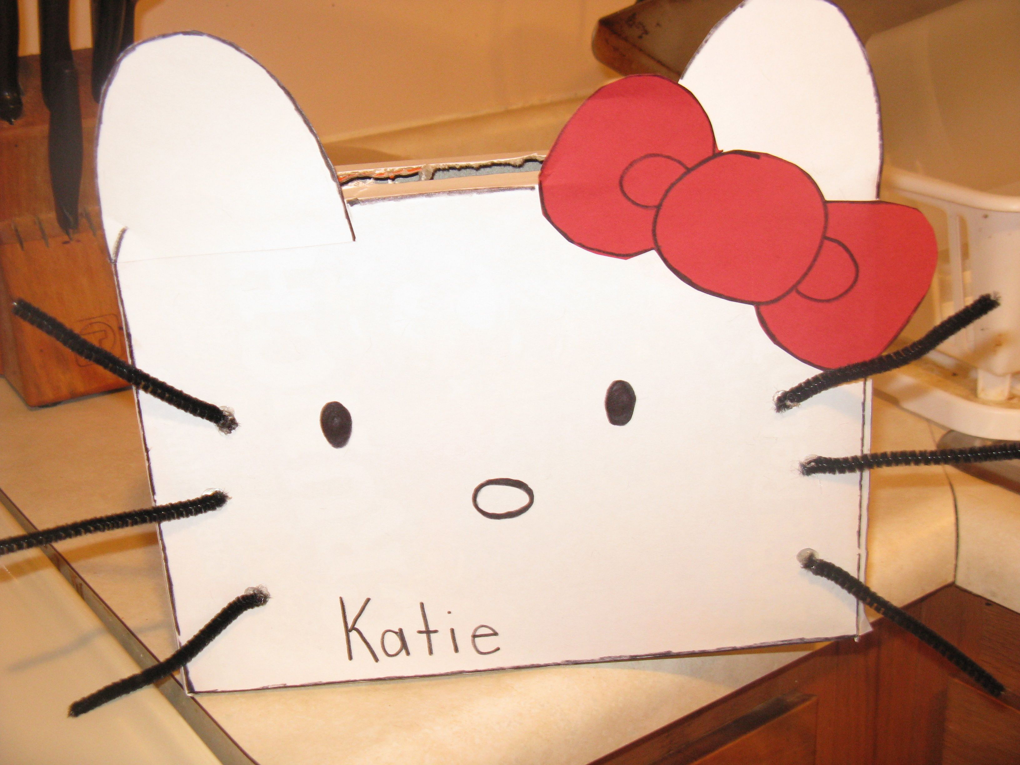 Hello Kitty Valentine Box