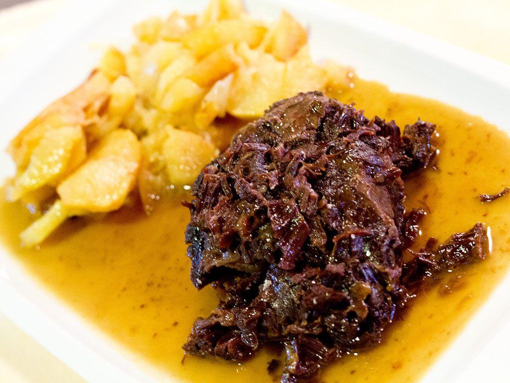 Carrillada En Salsa Restaurante Polonia Food Beef Steak
