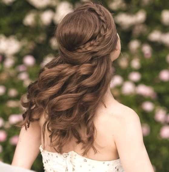 Pin von Chantelle Black auf hairstyles  Frisuren halboffen Frisuren halboffen geflochten und