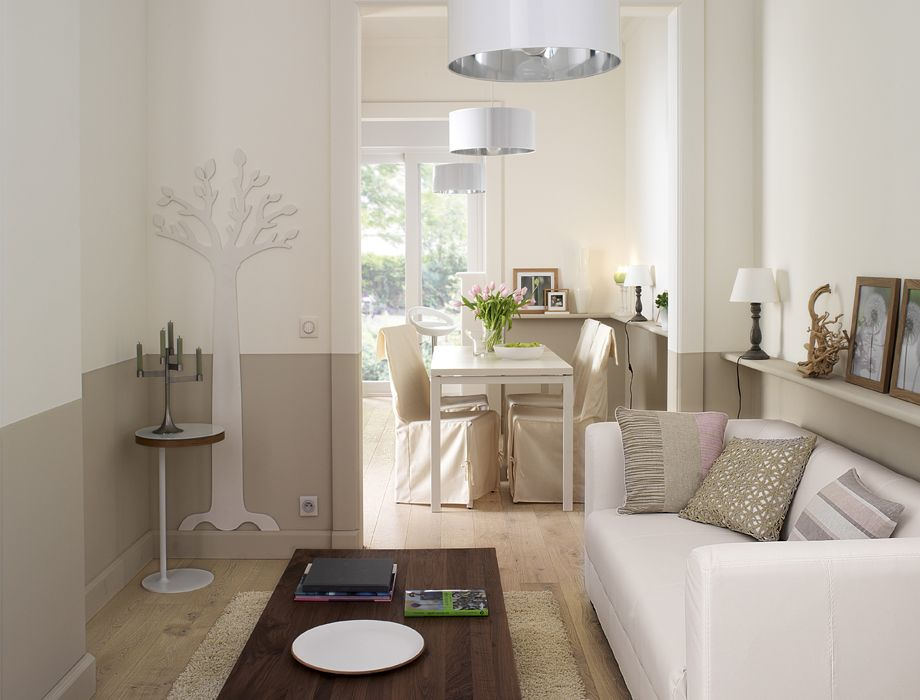 Un salon déco dans lu0027esprit nature Murs bicolores ou arbre stylisé