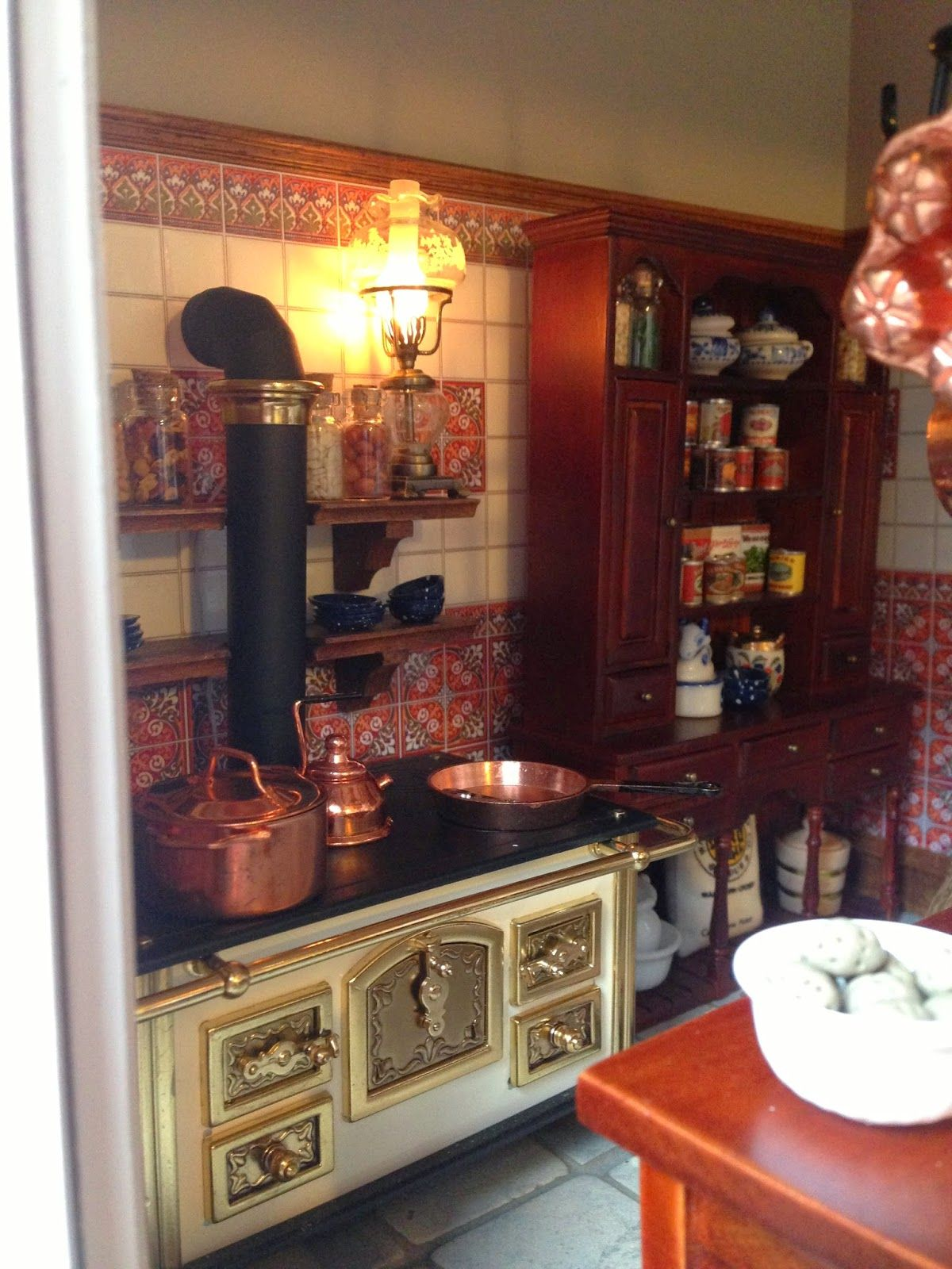 The Dollhouse The Kitchen Finished Miniature Kitchen