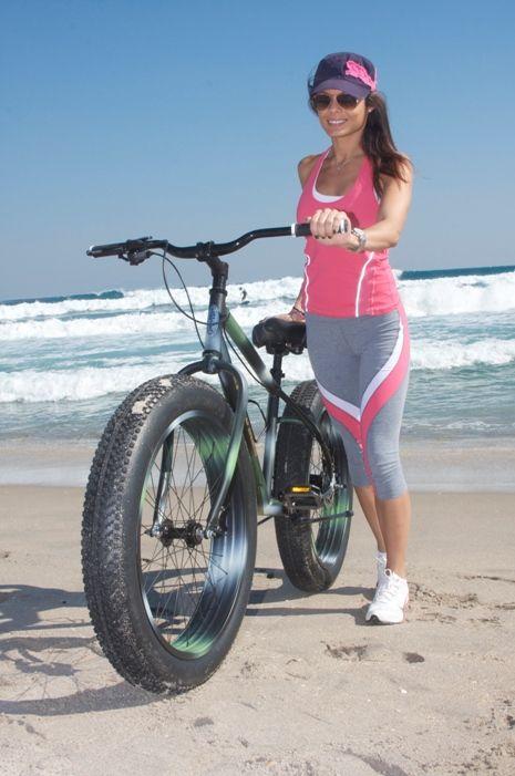 Kết quả hình ảnh cho pretty girl riding a fat bike