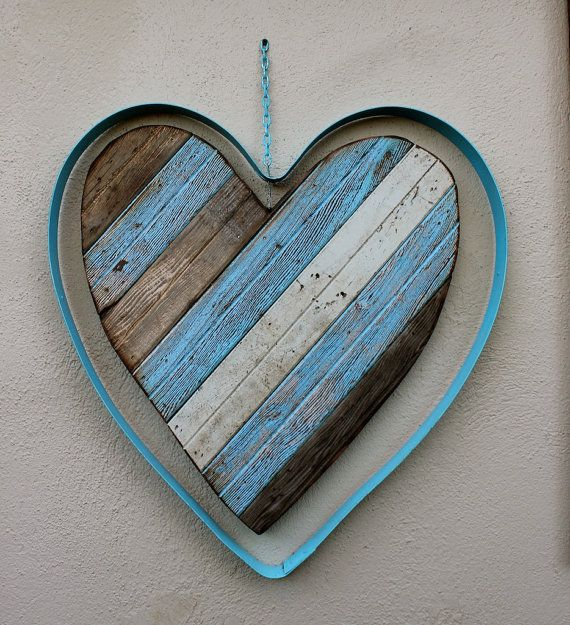 Reclaimed Wooden Heart Rustic Shabby Home Decor Wall Hanging Art Large Size On Etsy 225 00 Wooden Hearts Heart Wall Hanging Wall Art