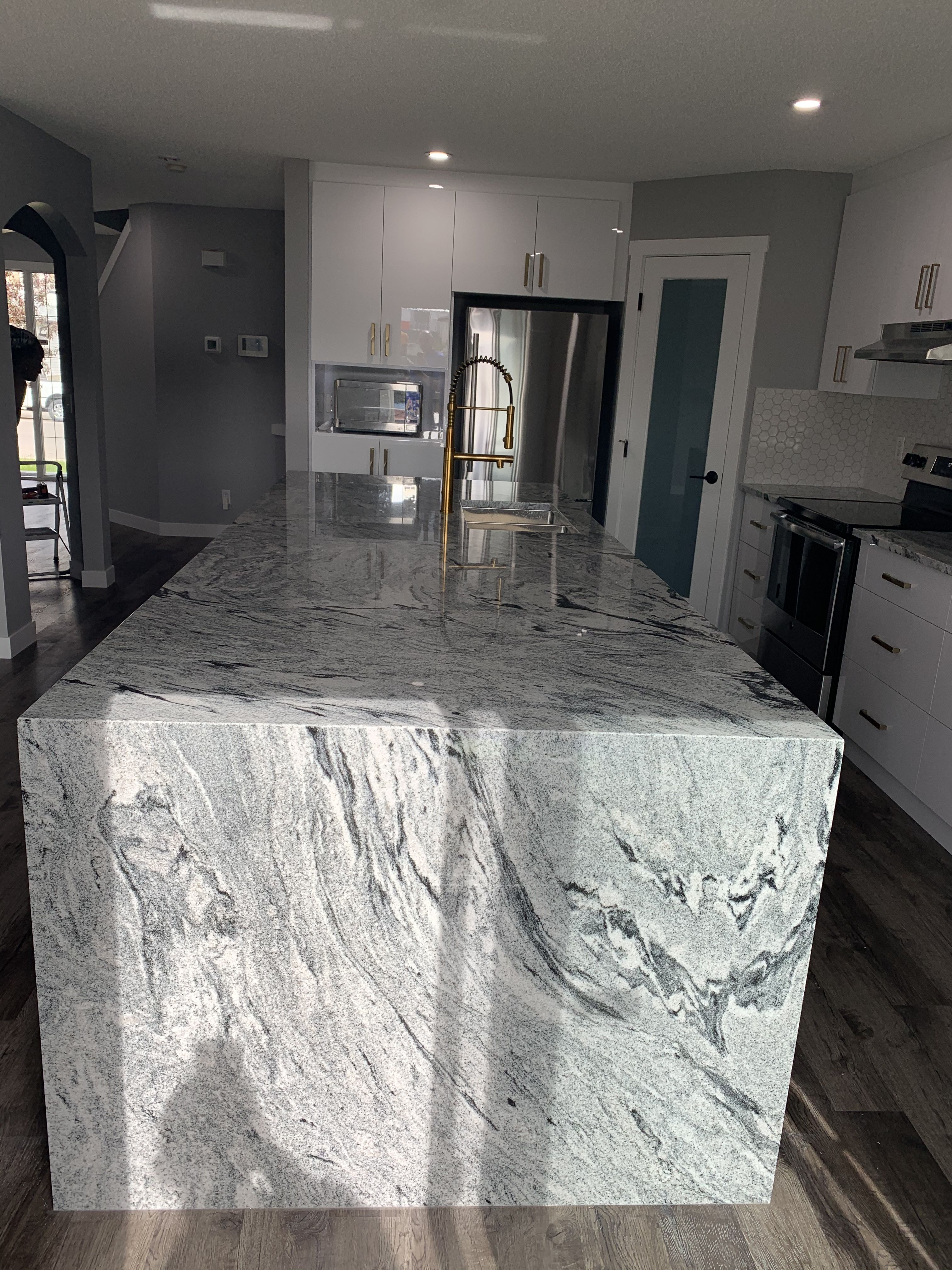 Granite Waterfall Island White Granite Kitchen Viscount White Granite White Granite White granite kitchen island