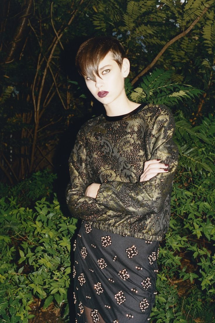DARK CRAFT - Embellishment goes goth in burnished gold embroidery