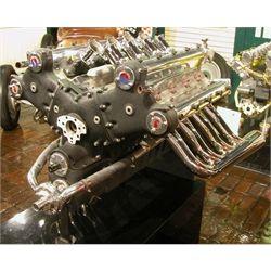 1952 Studebaker-Agajanian DOHC V-8, Indy Car - 370 hp