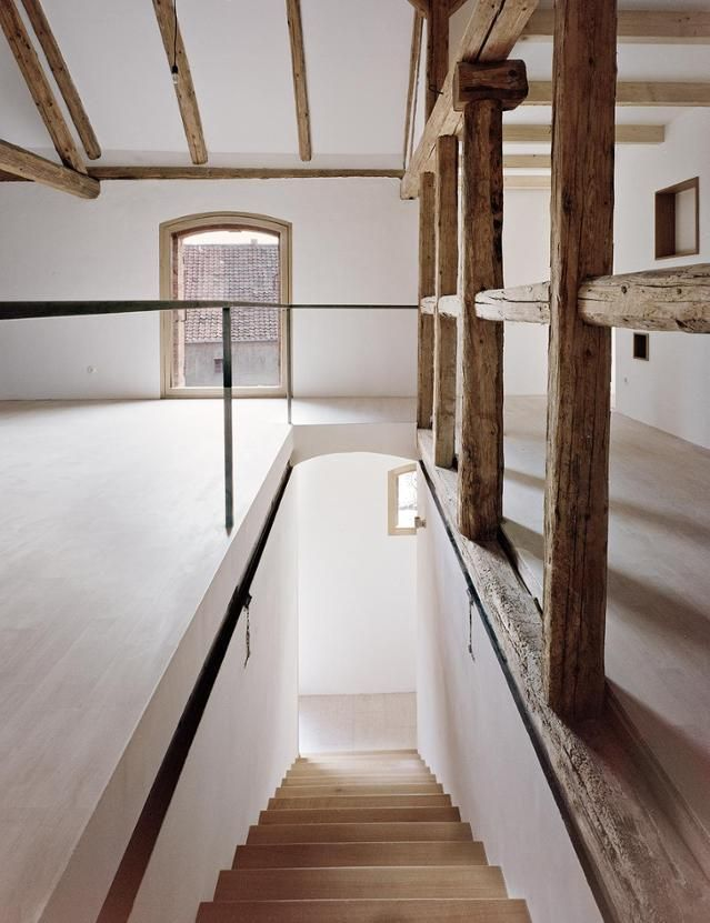 Altes Bauernhaus Neu Renoviert. #offene #balken #architektenhaus  #minimalistisch #lehmputz #naturmaterial #interior #treppe #balken #altbau