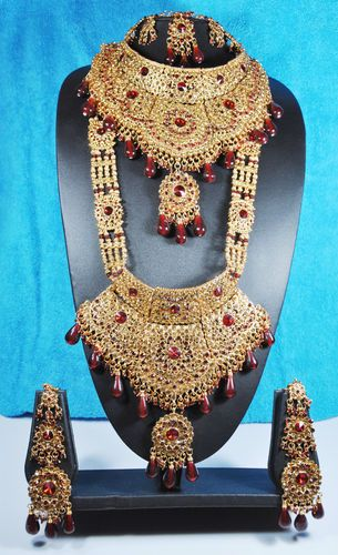 Gold Finish Maroon Traditional Indian Bollywood Bridal Jewelry Set