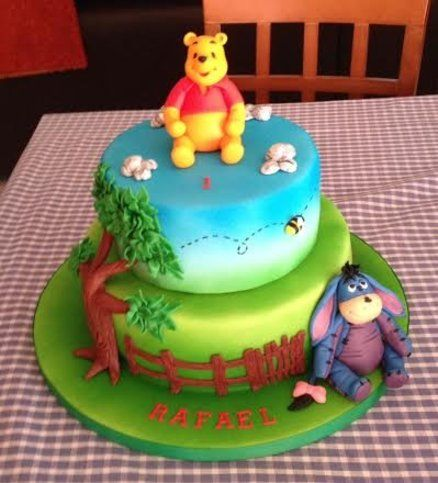 Pooh Birthday Cake Design : Winnie the Pooh Cake by Belitas Winnie the Pooh and ...