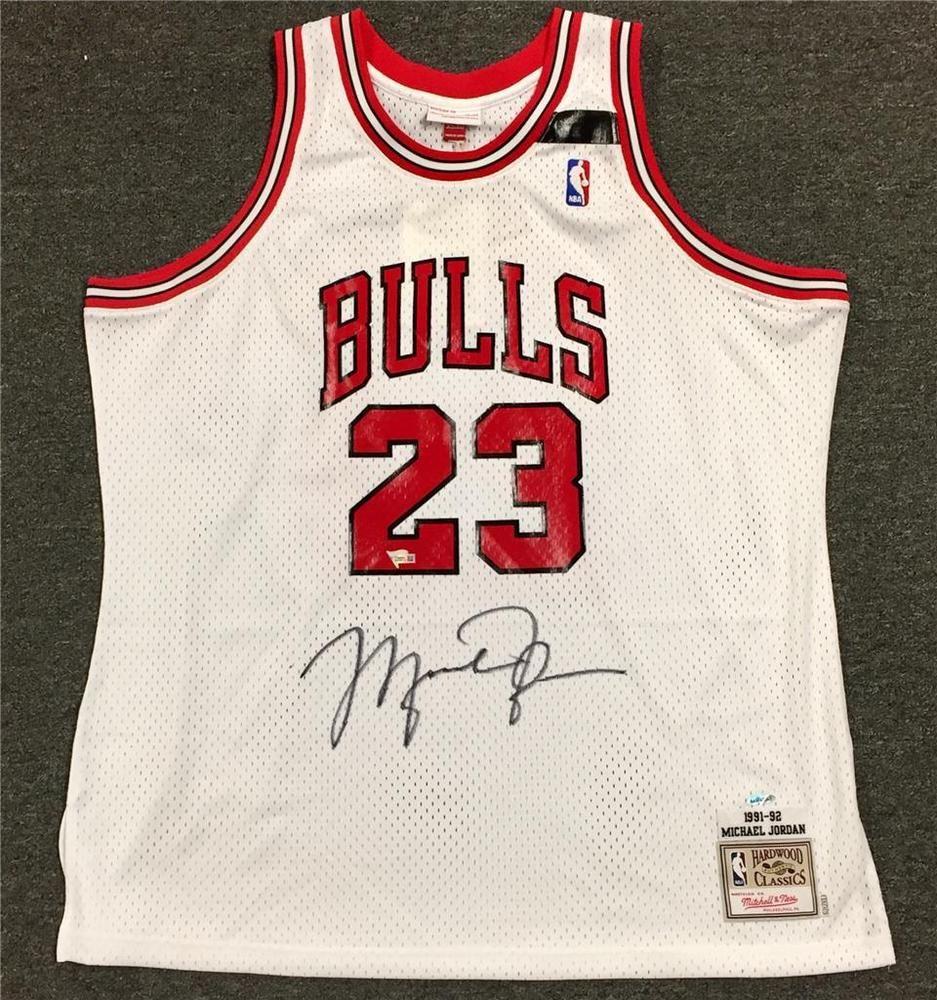f4bab4ce8a4 MICHAEL JORDAN Signed Mitchell   Ness 1991-92 BULLS Jersey w  UDA COA Upper  Deck  michaeljordan  autographs