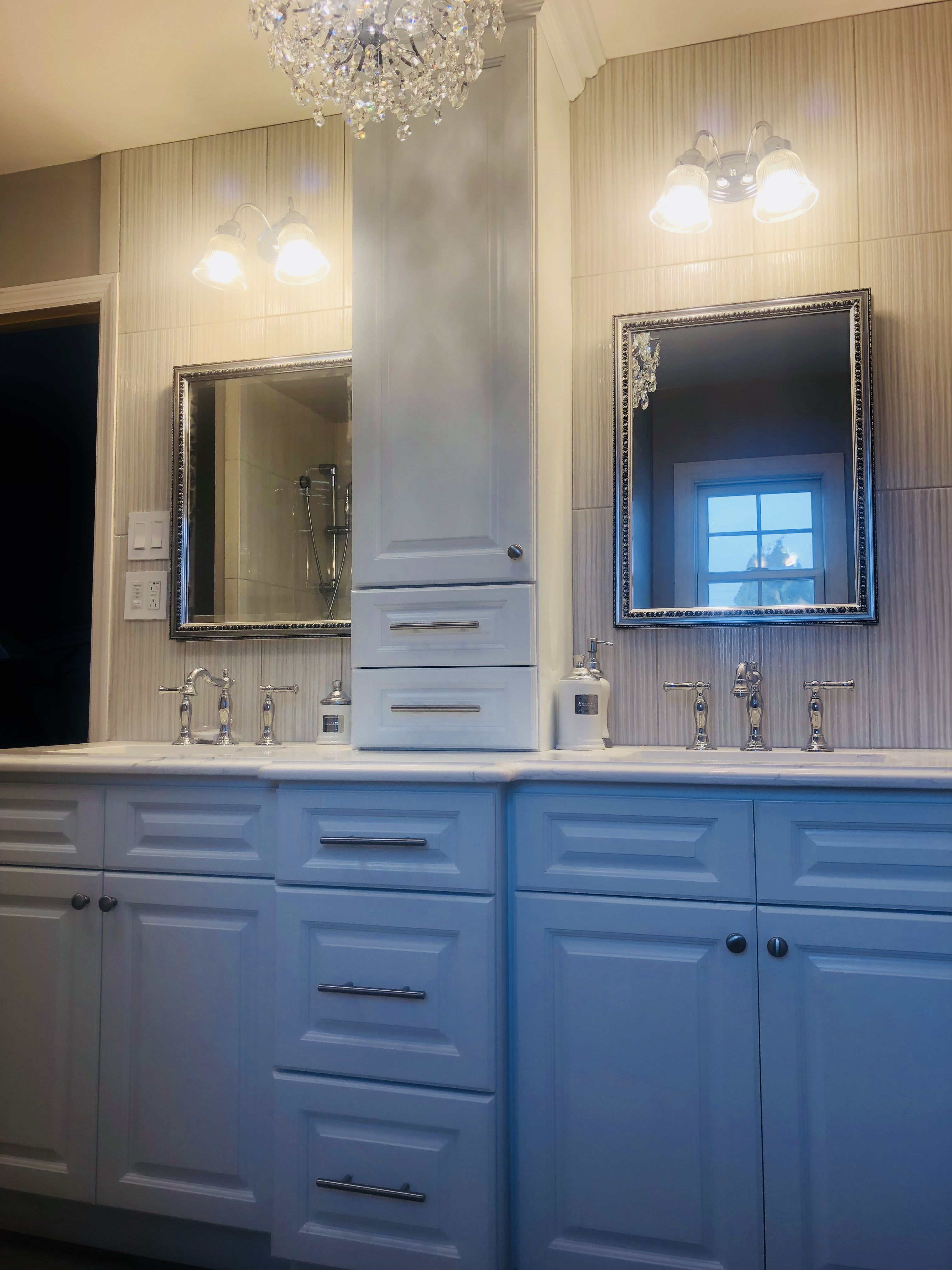 Double Sink Vanity With Center Tower Bathroom Inspiration Double Sink Vanity Master Bathroom