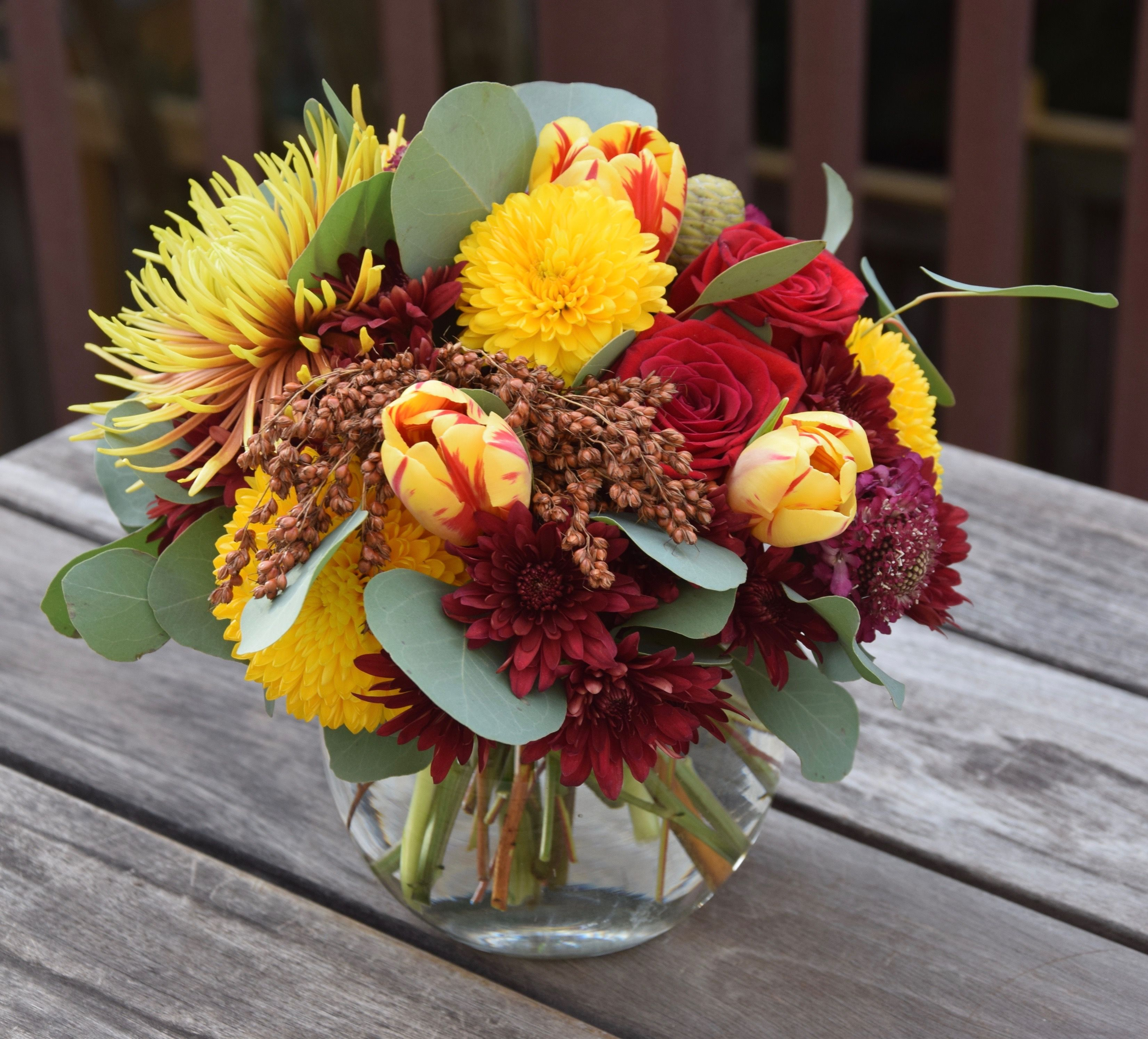 Flower Bowl With Fall Colors And Autumn Flowers Fresh Flowers Arrangements Flower Arrangements Flower Bowl