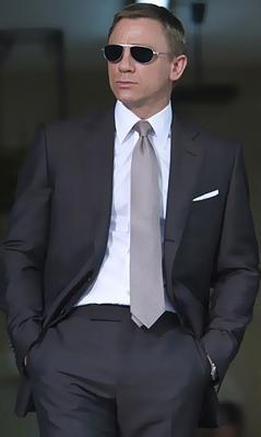 Perfect Suit Tie Sunglasses Men Style James Bond Suit