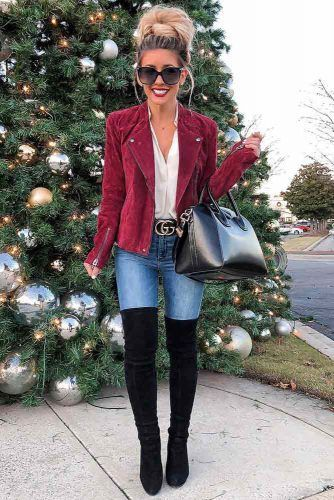 The Lookbook Of The Most Fashionable Christmas Outfits | Glaminati.com #casualchristmasoutfitsforwomen