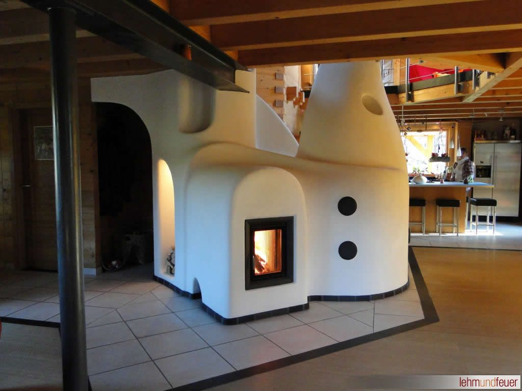 Lehm und feuer clay ovens by clay fire for Rocket stove mass water heater