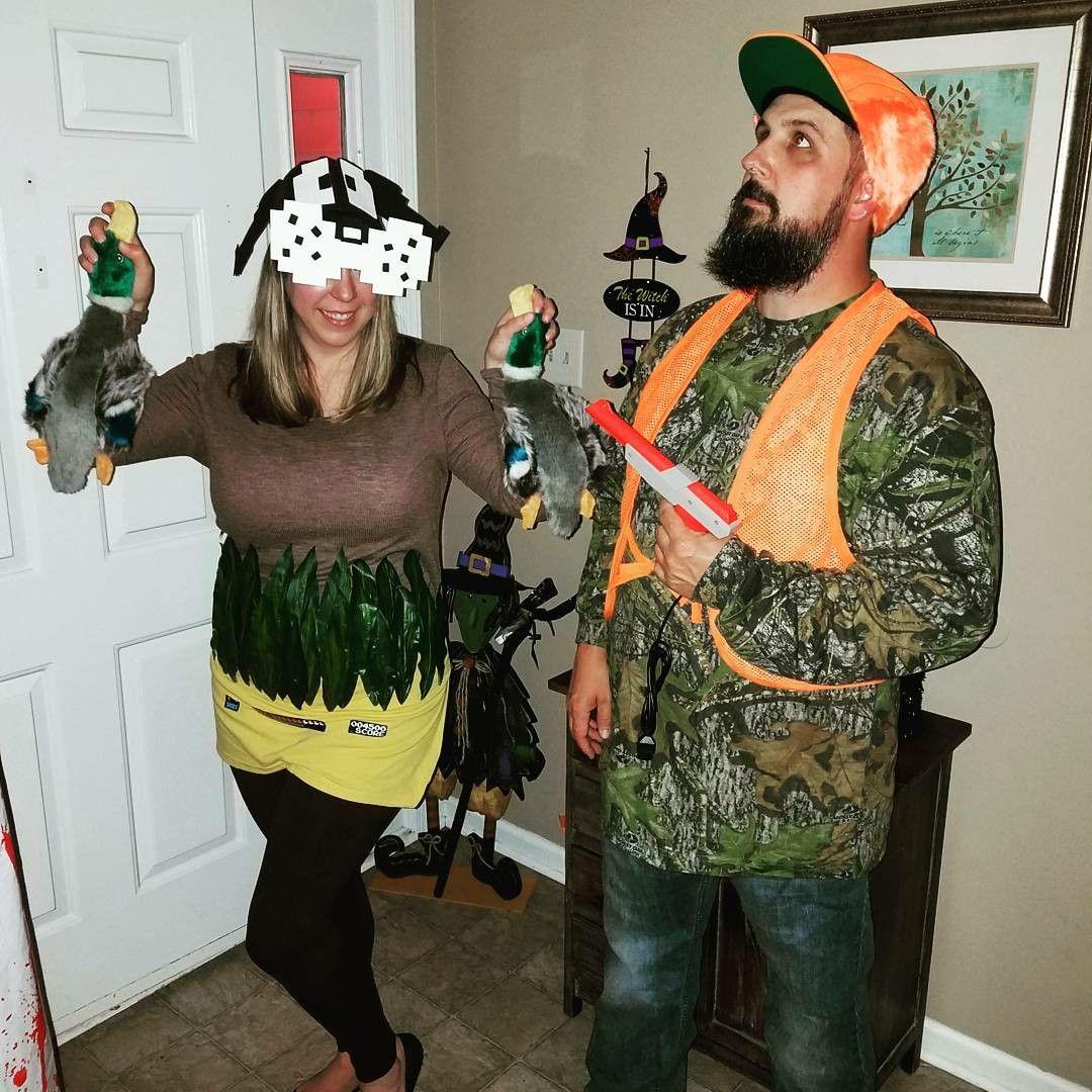 8a3ebf5b58dce Duck Hunt Video Game Costume Halloween Couples, Couple Halloween Costumes,  Diy Halloween, Video
