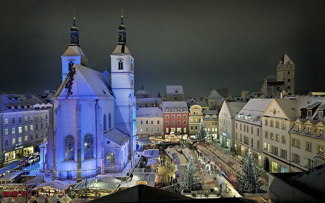 Regensburger Christkindlmarkt by Robert Schüller, via Flickr