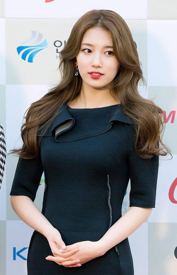 bae suzy 韓国女優 モデル 写真 美しいアジア人女性