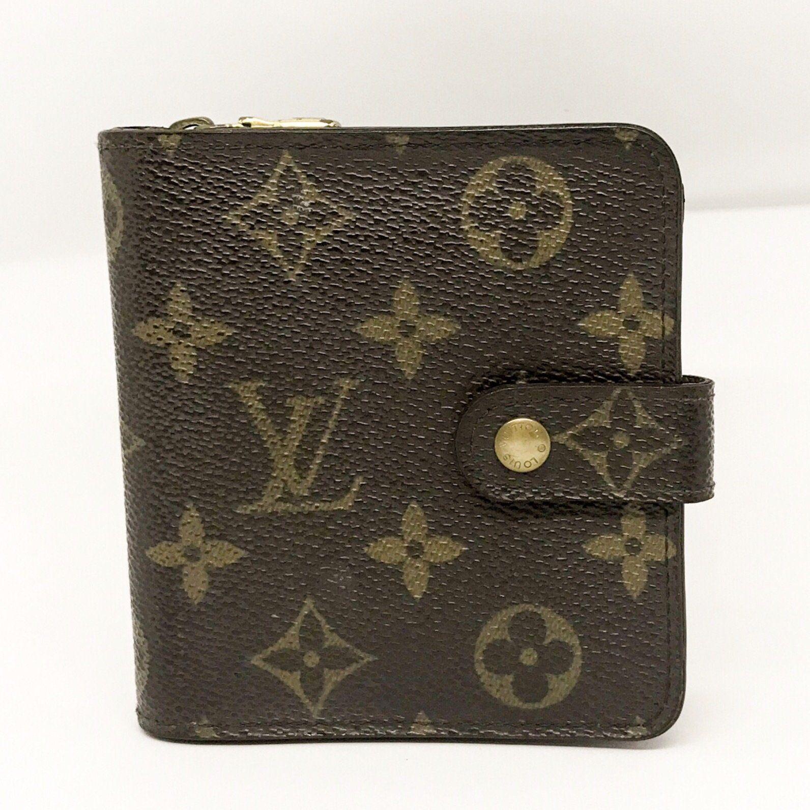 Louis Vuitton Monogram Zippy Bifold Wallet (With images